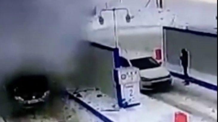【衝撃映像】ガソリンスタンドで車が突然爆発 ロシア/メレウス市 2020年2月1日(現地)